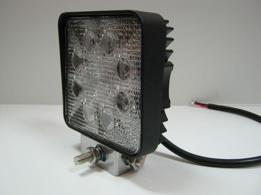 Фара светодиодная DC9-30V 24W 8LED emitter  Bridgelux (spot) 6000K 110х45х128мм (WL-334004) (WL-0524-1)
